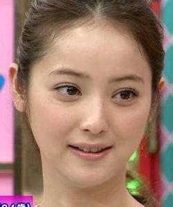 佐々木希(二重マブタ)